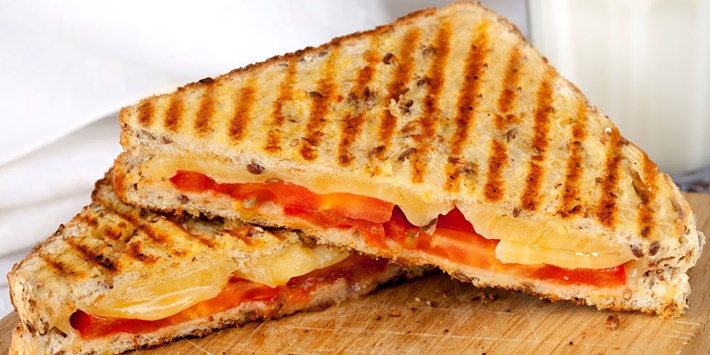 cheese and tomatoe croque